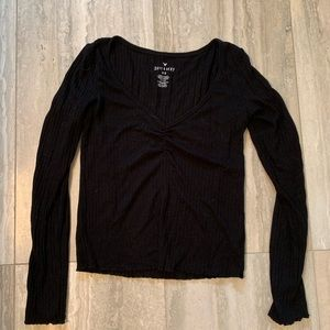 AE black long sleeve